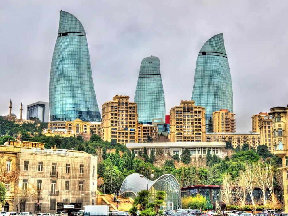 الإستثمار في اذربيجان